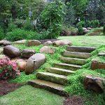 Jardines en terrenos con mucha pendiente Diseño de jardin y paisajismo en Alcobandas Moraleja 00