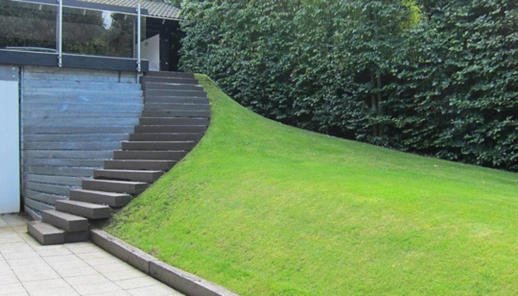 Jardines en terrenos con mucha pendiente Diseño de jardin y paisajismo en Alcobandas Moraleja Antes - Despues 01