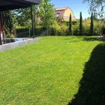 Proyecto de jardineria y paisajismo para chalet Madrid. Encinar de los Reyes despues cesped 2